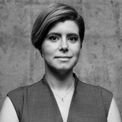 Neda Tabatabaie VP, Business Intelligence