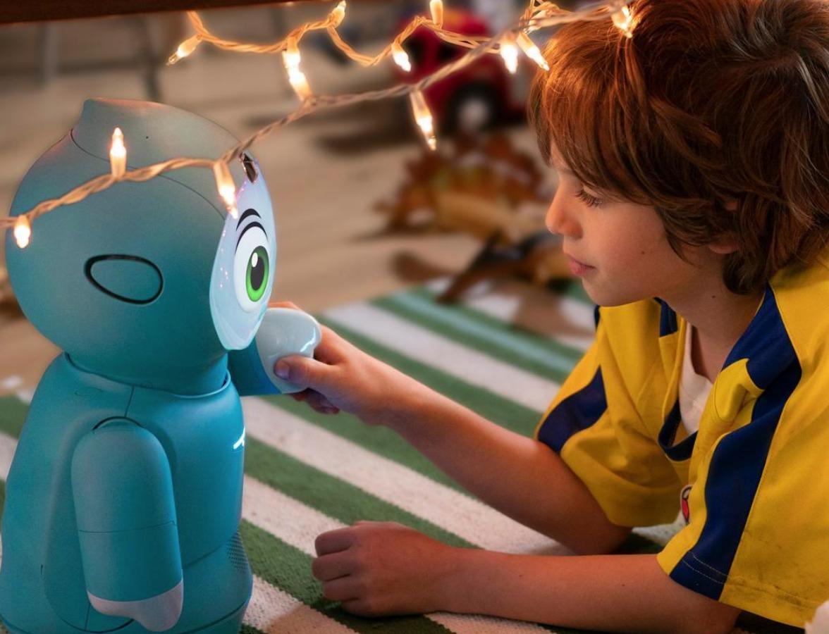 今週の注目5社:子供向け会話ロボット / 宇宙ガソリンスタンド / ビーガンペットフード / ソーシャル音楽制作アプリ / 歯科矯正ワイヤー